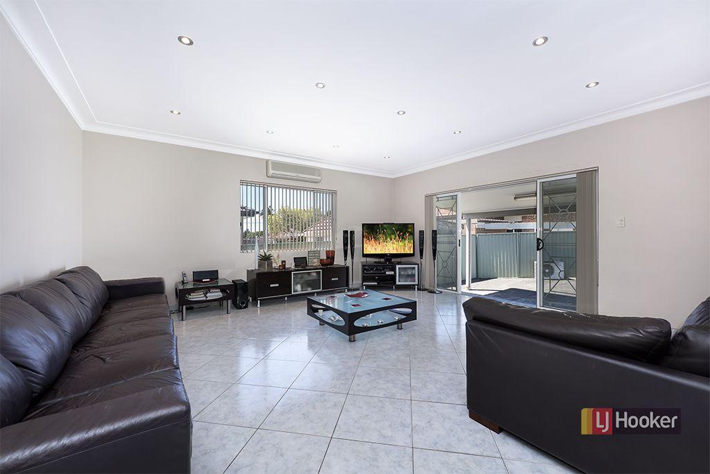 4 Hillside Avenue, Clemton Park NSW 2206, Image 2