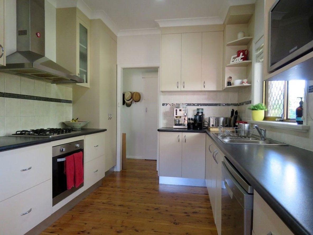 210 Fletcher Street, East Albury NSW 2640, Image 2