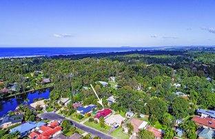 9 Eloura Court, Ocean Shores NSW 2483