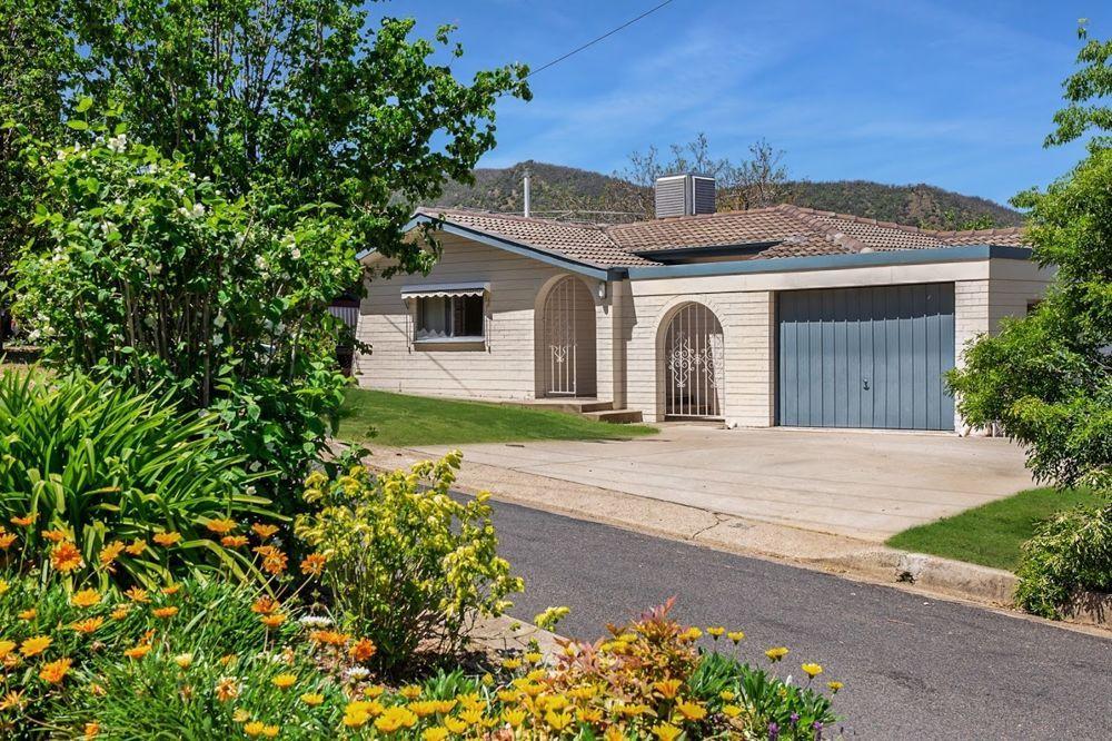 17 Terole Avenue, North Tamworth NSW 2340, Image 0