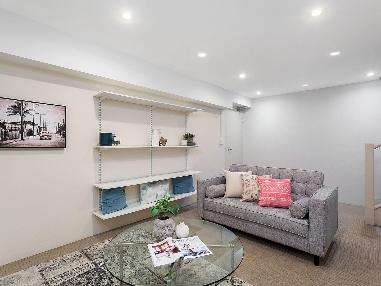 12/27 Durbar Avenue, Kirrawee NSW 2232, Image 2