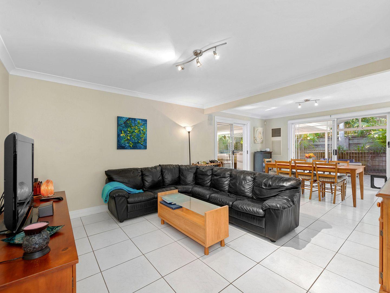 122 Bangalow Street, Bridgeman Downs QLD 4035, Image 2