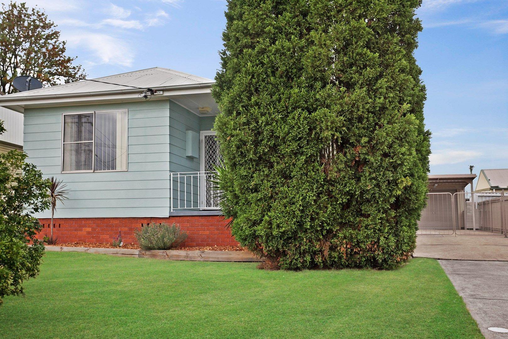 15 Tobruk Crescent, Shortland NSW 2307, Image 0