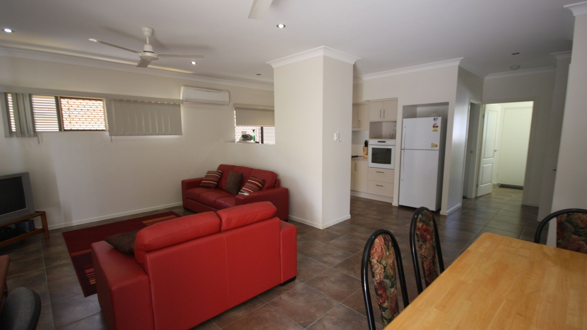 Unit 2/18 Macmillan Street, Ayr QLD 4807, Image 2