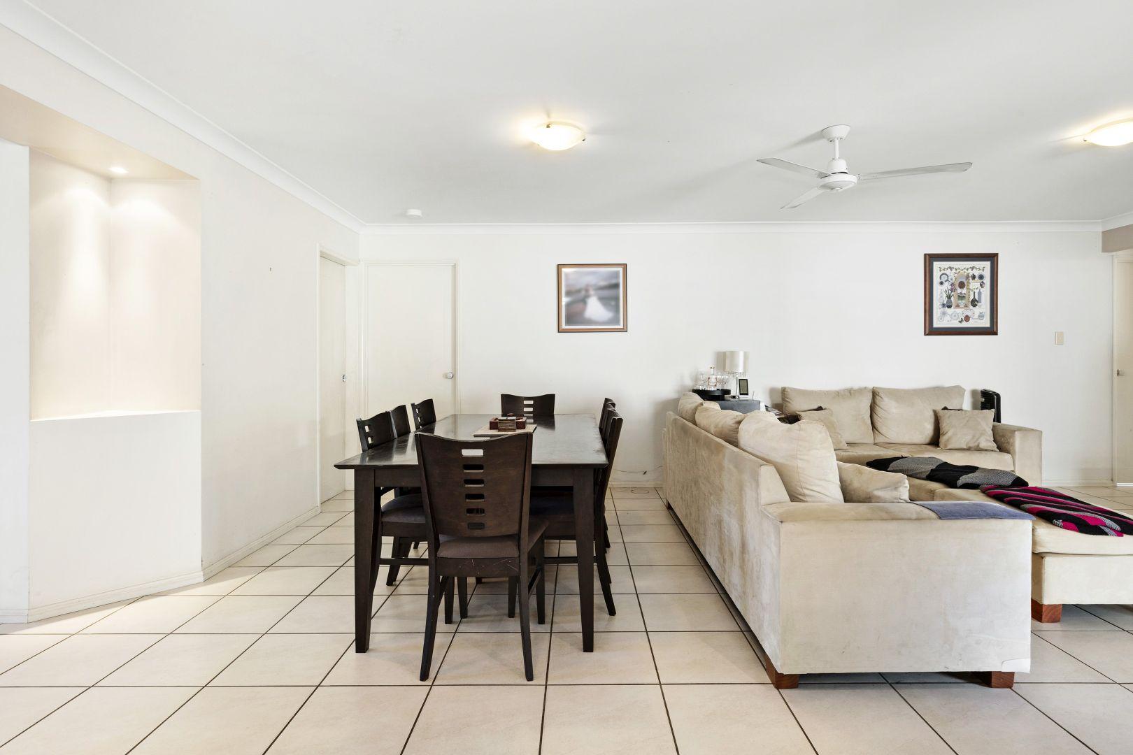 18 Spinnaker Circuit, Redland Bay QLD 4165, Image 2