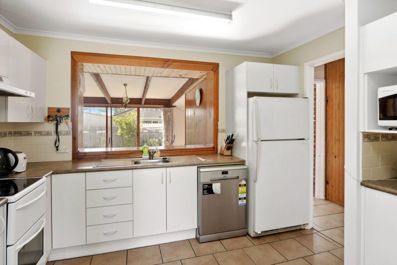 10 Glenhaven Avenue, North Nowra NSW 2541, Image 2