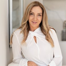 Vicki Lamb, Licensed Real Estate Agent