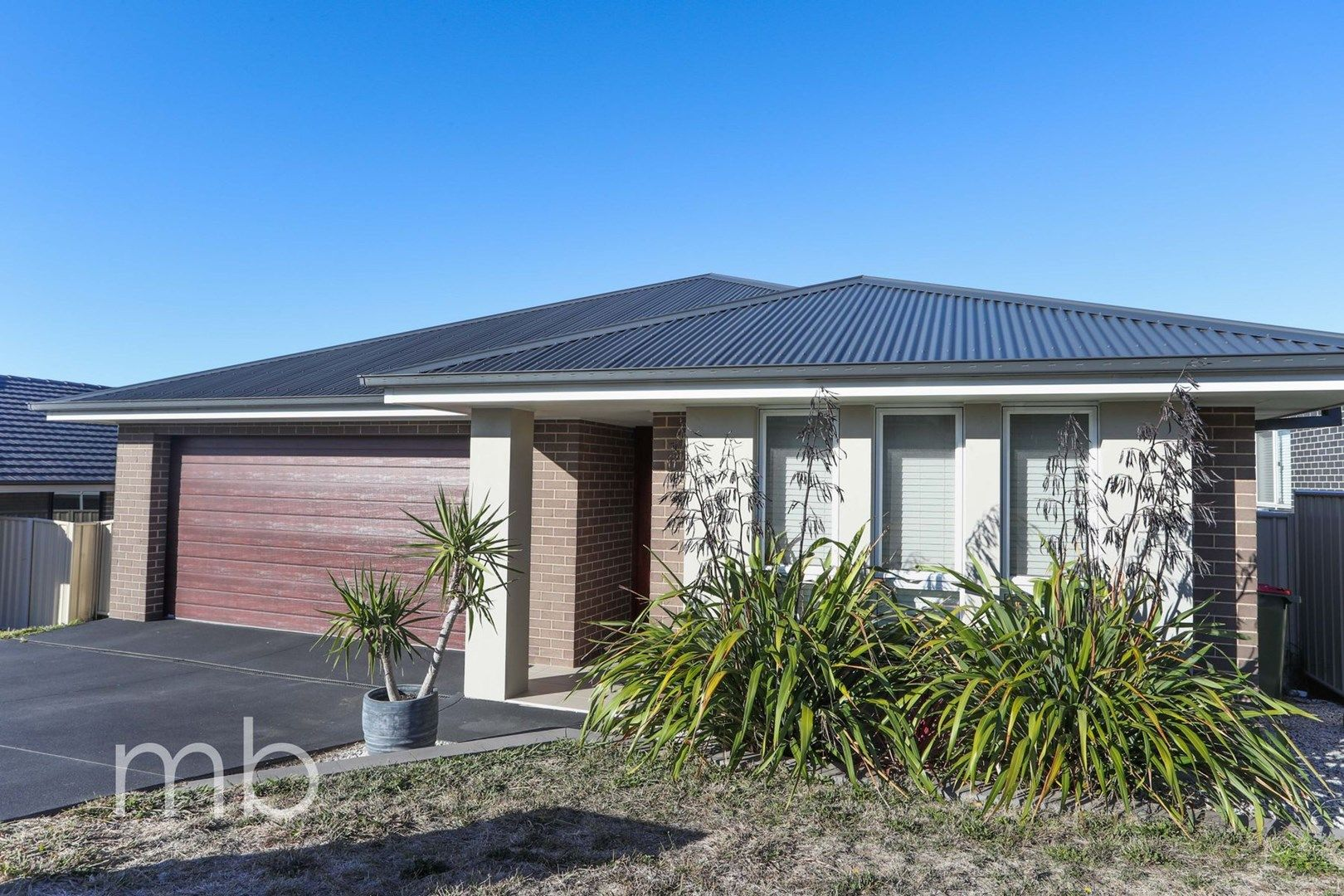 2A Downey Crescent, Orange NSW 2800, Image 0