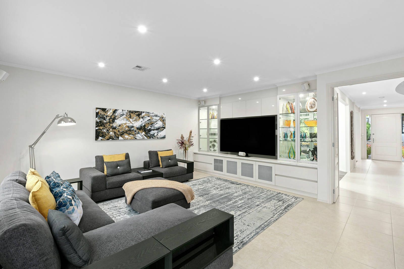 2 Airedale Avenue, Hawthorn East VIC 3123, Image 2
