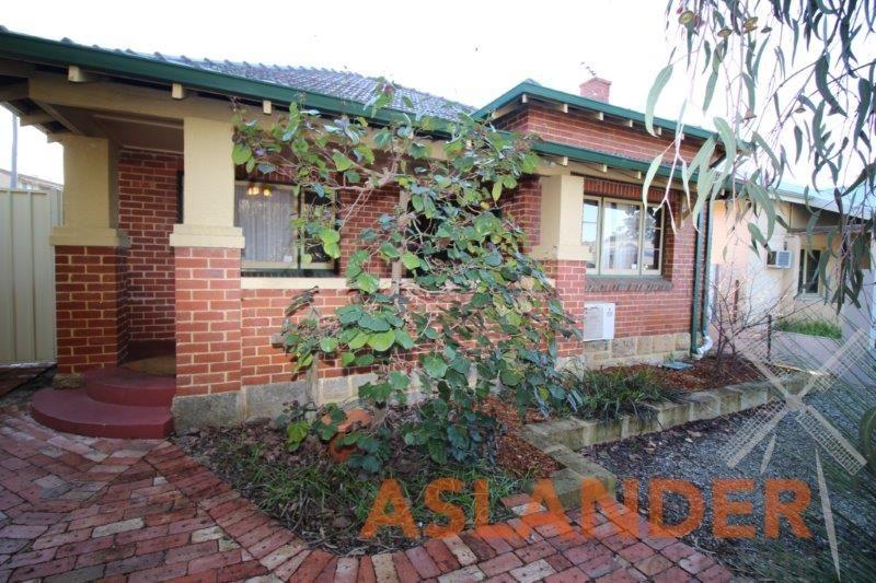 2 Sunbury Road, Victoria Park WA 6100, Image 0