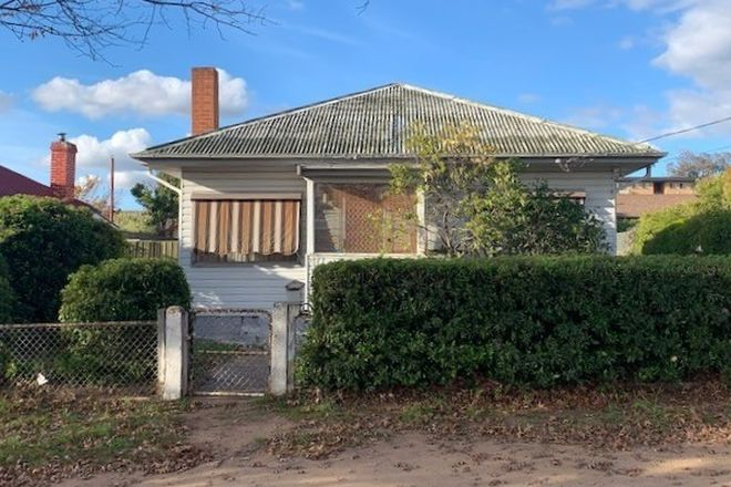 Picture of 40 Atkinson Street, QUEANBEYAN NSW 2620
