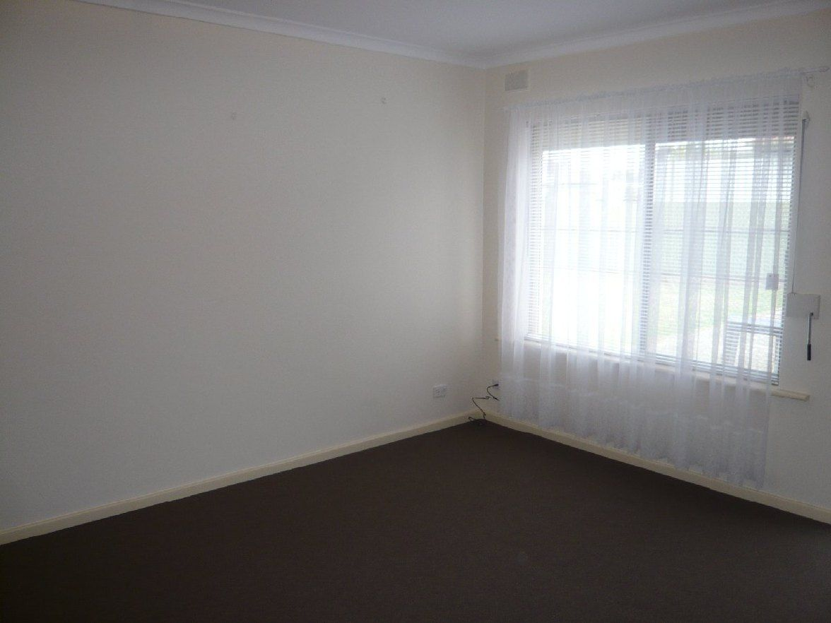 1/4 College Avenue, Valley View SA 5093, Image 2