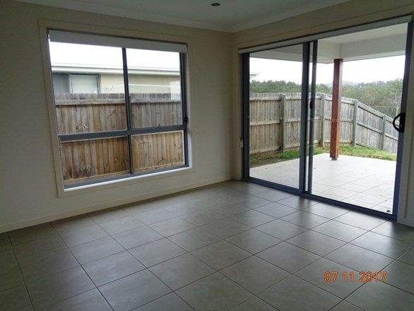 11 SAVANNAH CRT, Waterford QLD 4133, Image 1