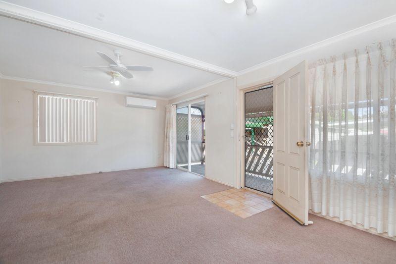 27 Willow Tree Avenue, Kanahooka NSW 2530, Image 2