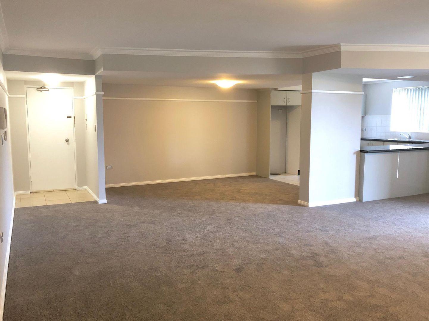 9/1-3 Sherwin Avenue, Castle Hill NSW 2154, Image 2