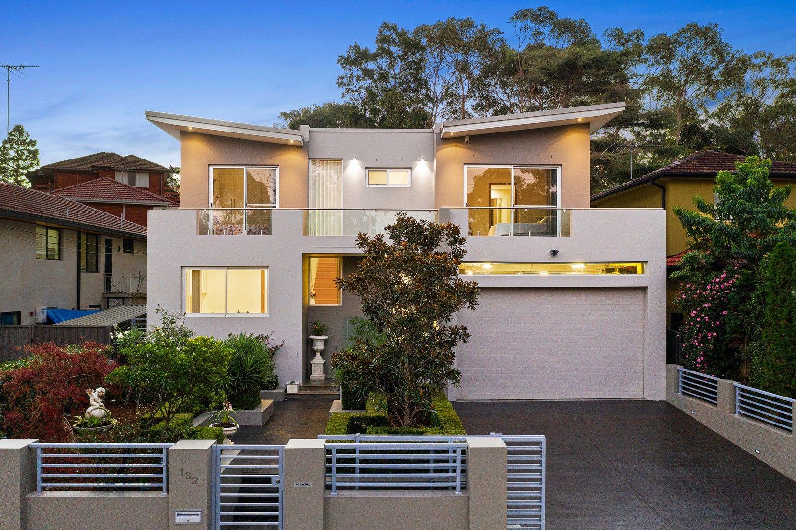 132 Lorraine Street, Peakhurst Heights NSW 2210, Image 1