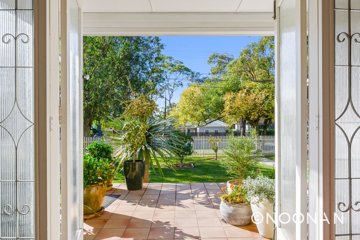1/292 President Avenue, Gymea NSW 2227, Image 2