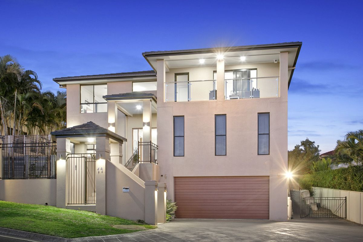 11 Grasmere Place, Carindale QLD 4152, Image 1