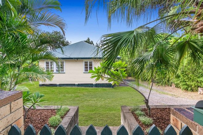 Picture of 42 Buzacott Street, CARINA HEIGHTS QLD 4152
