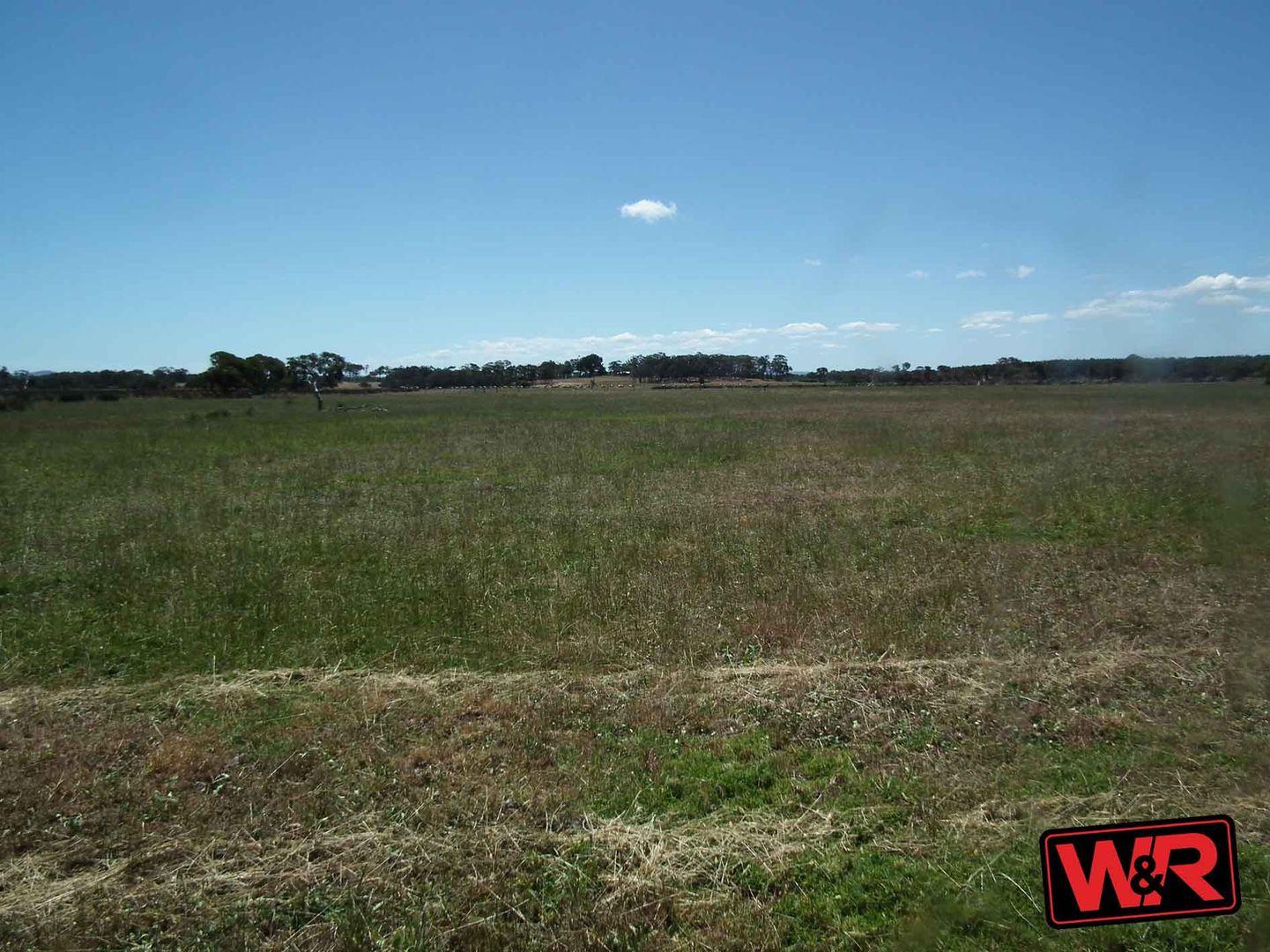 10 Lake Saide Road, Youngs Siding WA 6330, Image 1