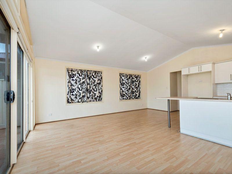 30 Leeds Avenue, Northfield SA 5085, Image 2