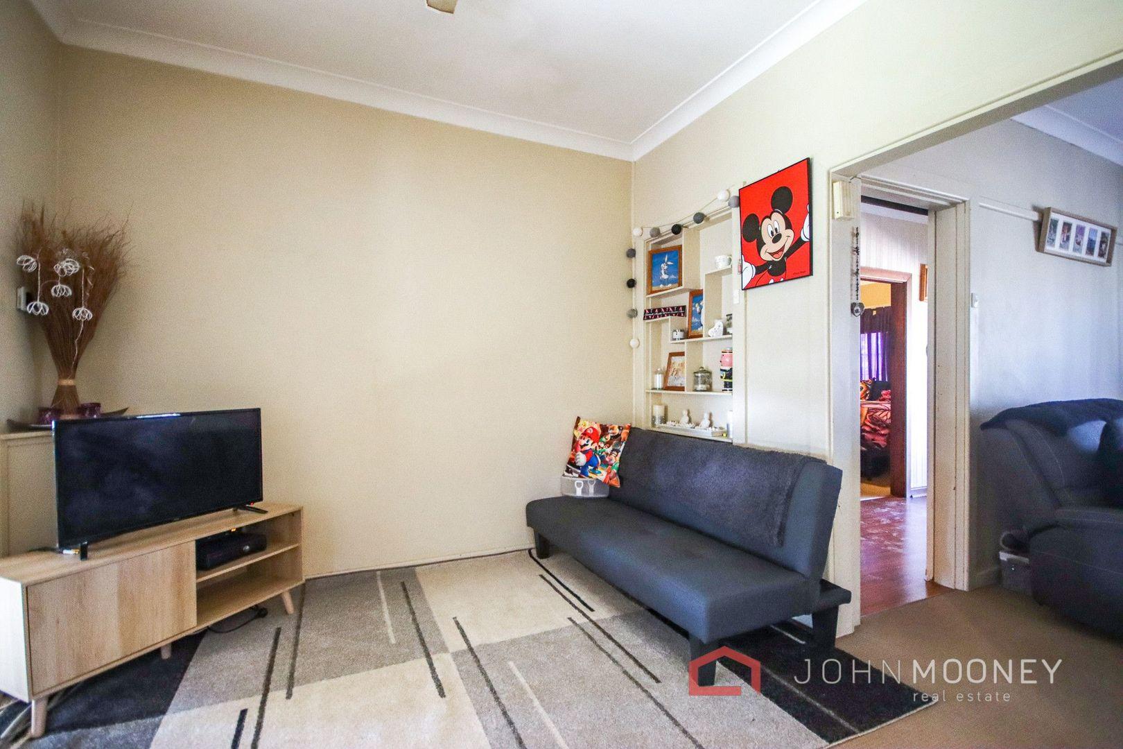19 Spring Street, Wagga Wagga NSW 2650, Image 2