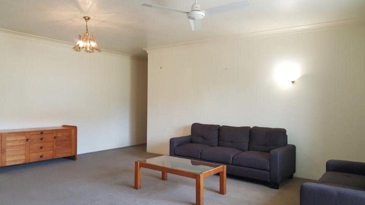 4/9 Waverley Road, Taringa QLD 4068, Image 2