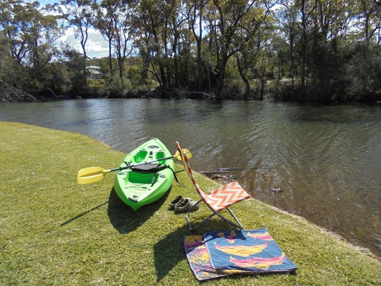 3 Oak Avenue, Lake Tabourie NSW 2539, Image 0