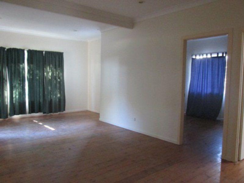 22 Tingarra  St, Macleay Island QLD 4184, Image 2