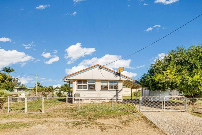 Picture of 1 MOURA CRESCENT, BARNEY POINT QLD 4680