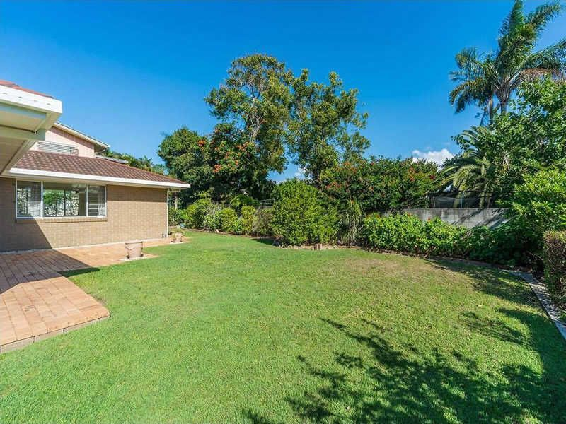22 Ashbourne Terrace, Biggera Waters QLD 4216, Image 1