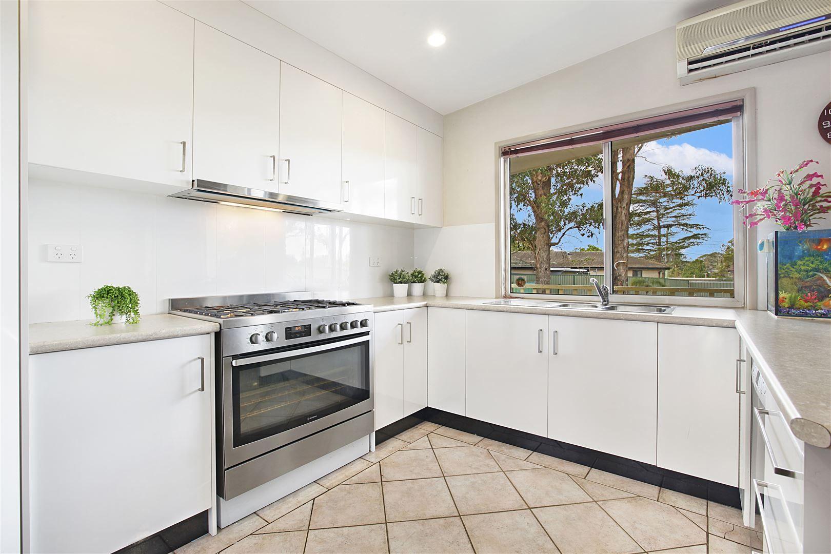 11 Cunningham Crescent, Blacktown NSW 2148, Image 2