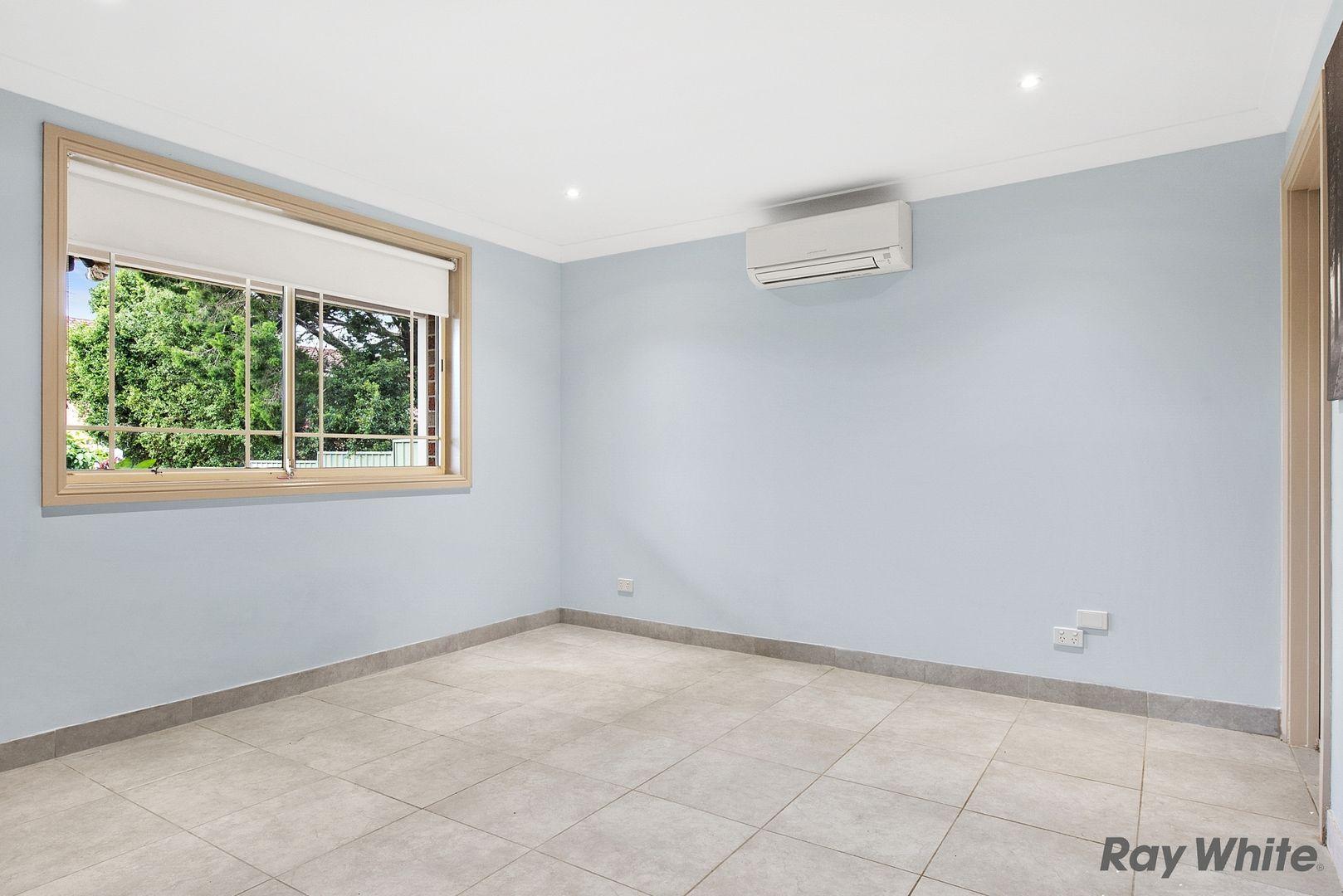 1/7 Aruma Avenue, Kellyville NSW 2155, Image 2