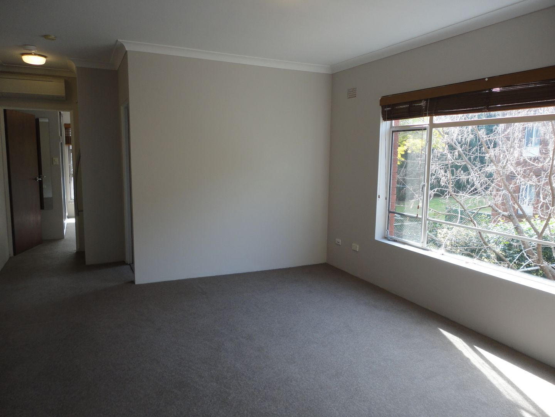 8/12 Hazelbank Road, Wollstonecraft NSW 2065, Image 1