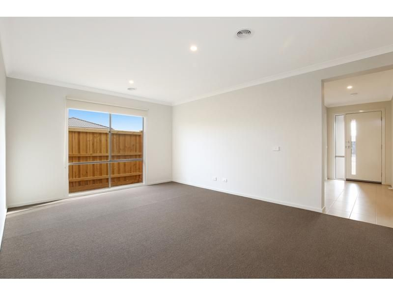 89 Golf Links Drive, Beveridge VIC 3753, Image 1