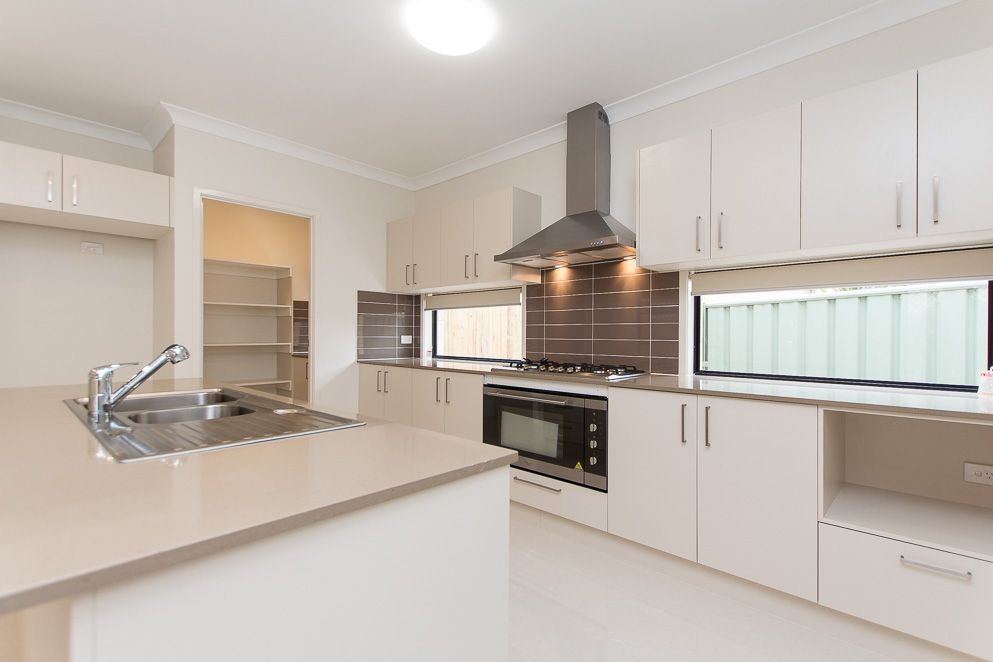74 Selina  Street, Wynnum QLD 4178, Image 1