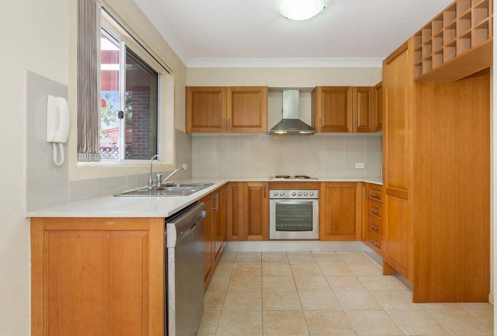 24/1 Rangihou Crescent, Parramatta NSW 2150, Image 2