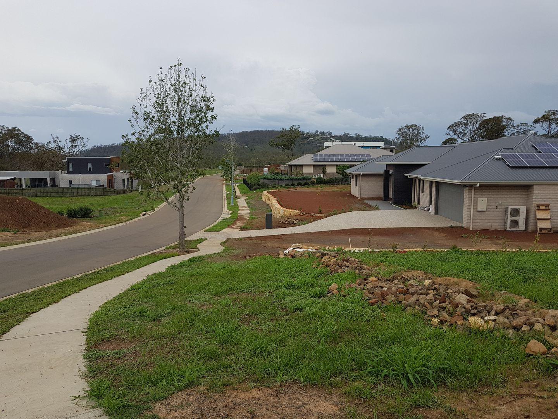 14, 2 Oakhill Place, South Toowoomba QLD 4350, Image 2