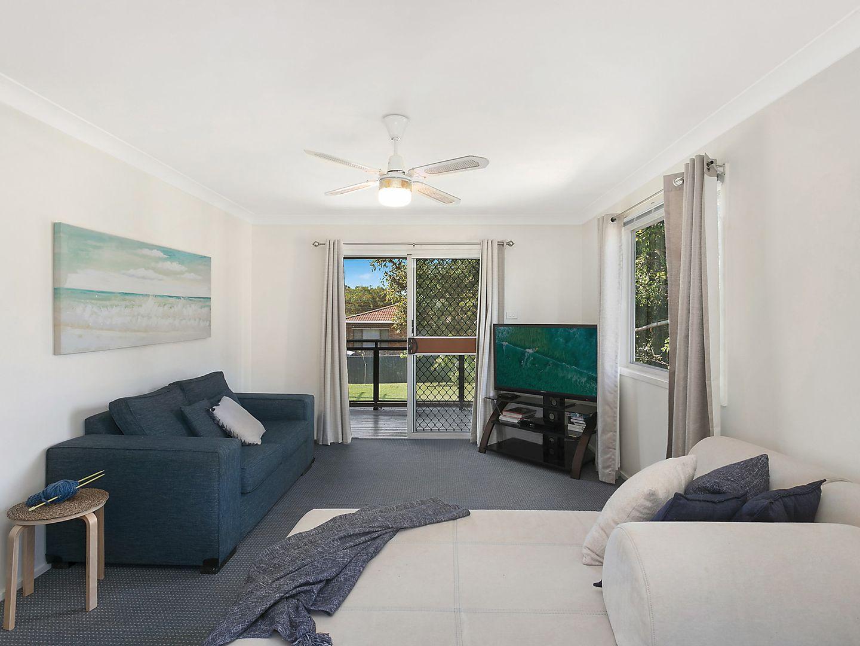 9 Tenth Avenue, Budgewoi NSW 2262, Image 2