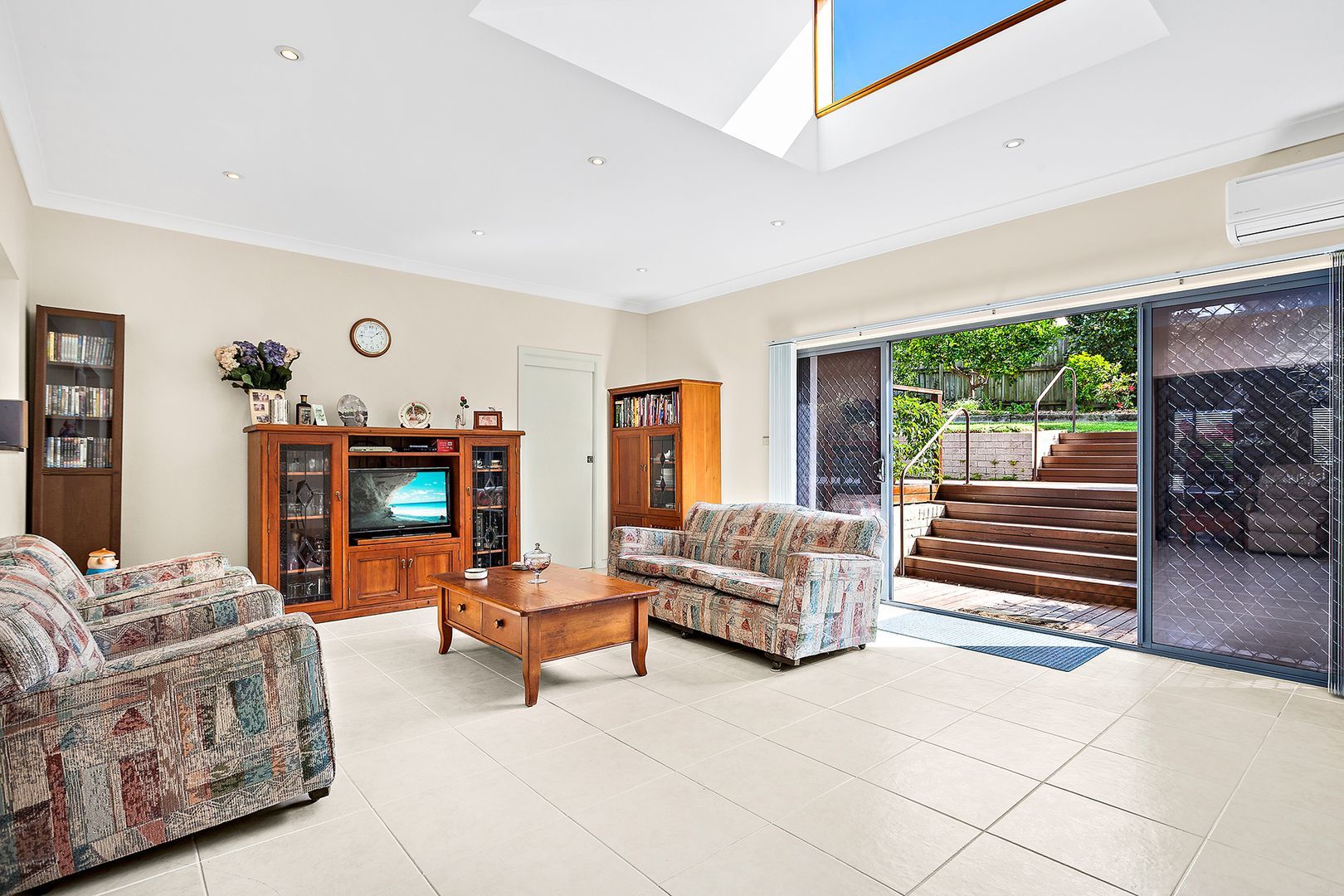 5 Robin Place, Caringbah South NSW 2229, Image 2