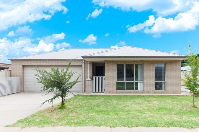 Picture of Unit 1/774 Centaur Rd, HAMILTON VALLEY NSW 2641
