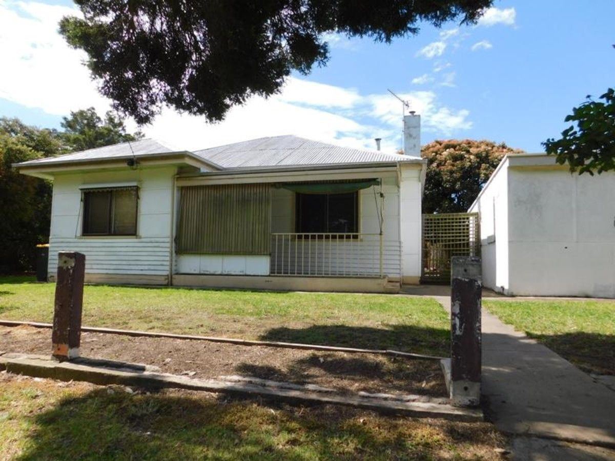 28 Ross Street, Sale VIC 3850, Image 0