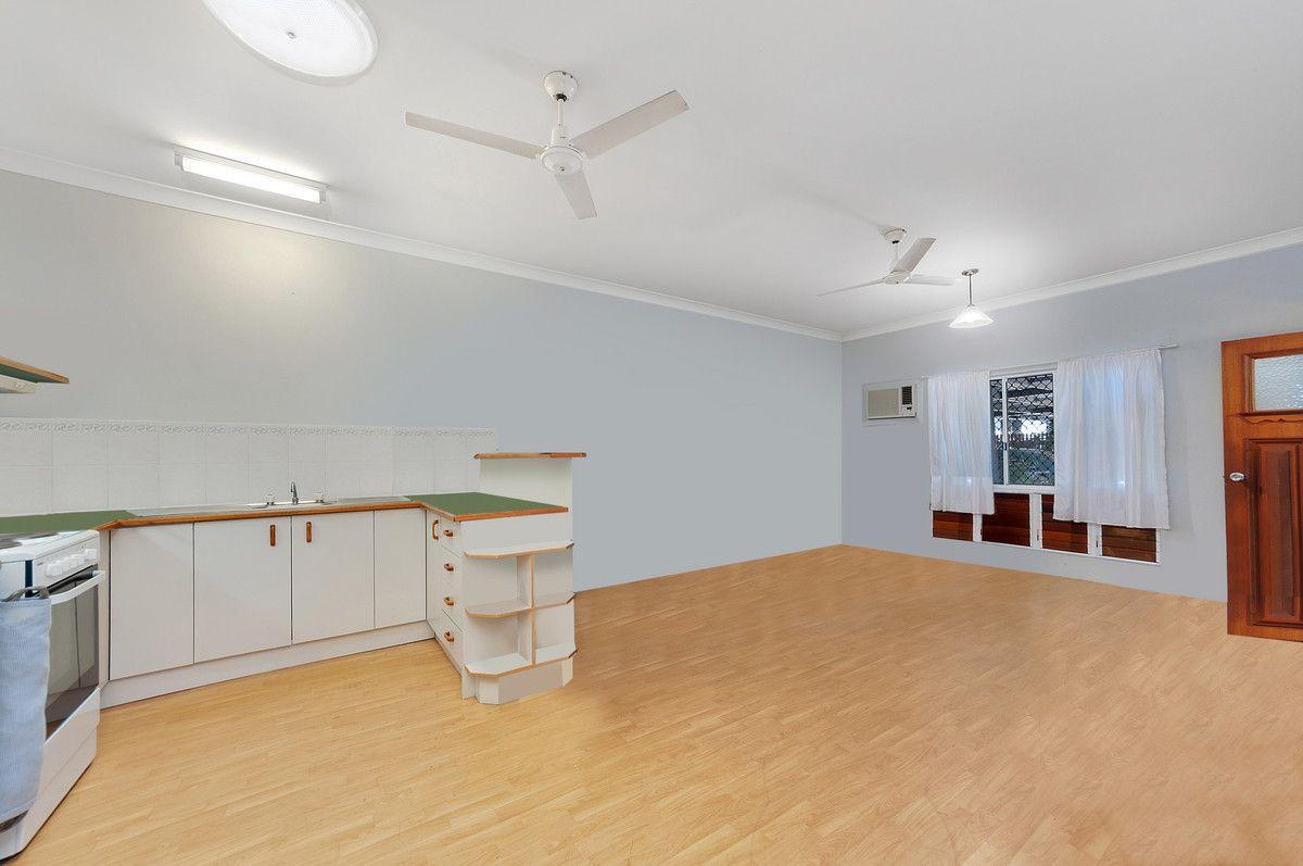 1/24 Macilwraith Street, Manoora QLD 4870, Image 1