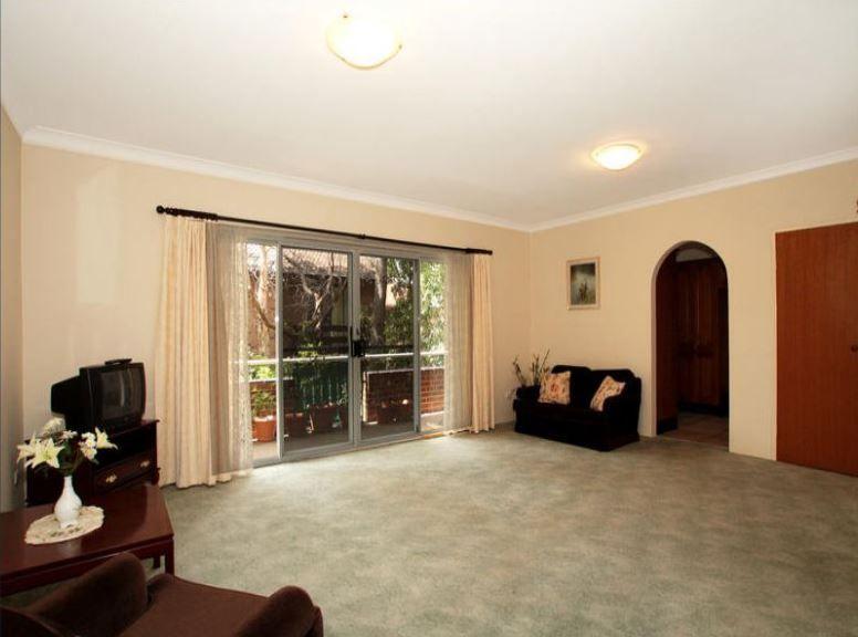 2/24 Hainsworth Street, Westmead NSW 2145, Image 1
