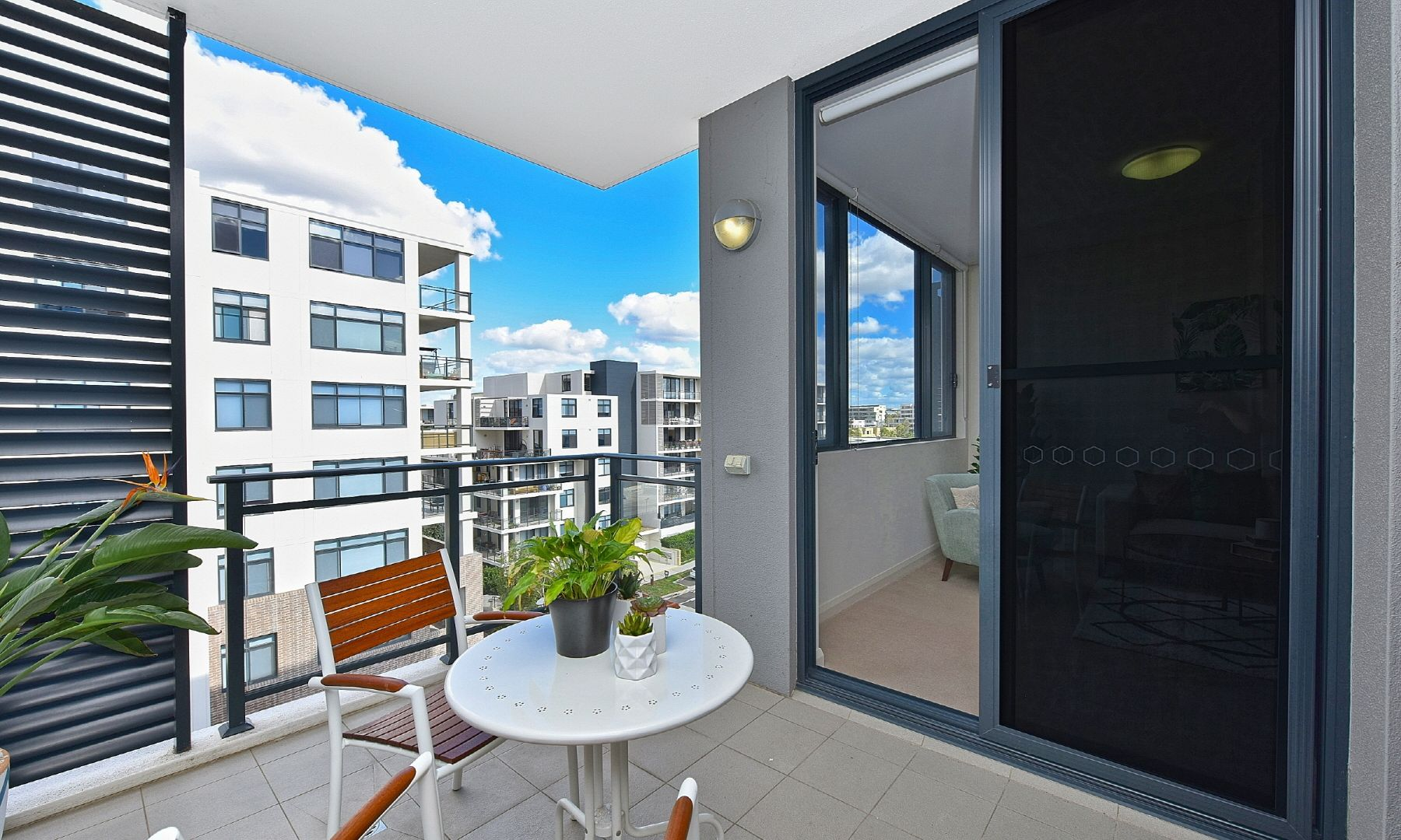 618/14 Baywater Drive, Wentworth Point NSW 2127, Image 2