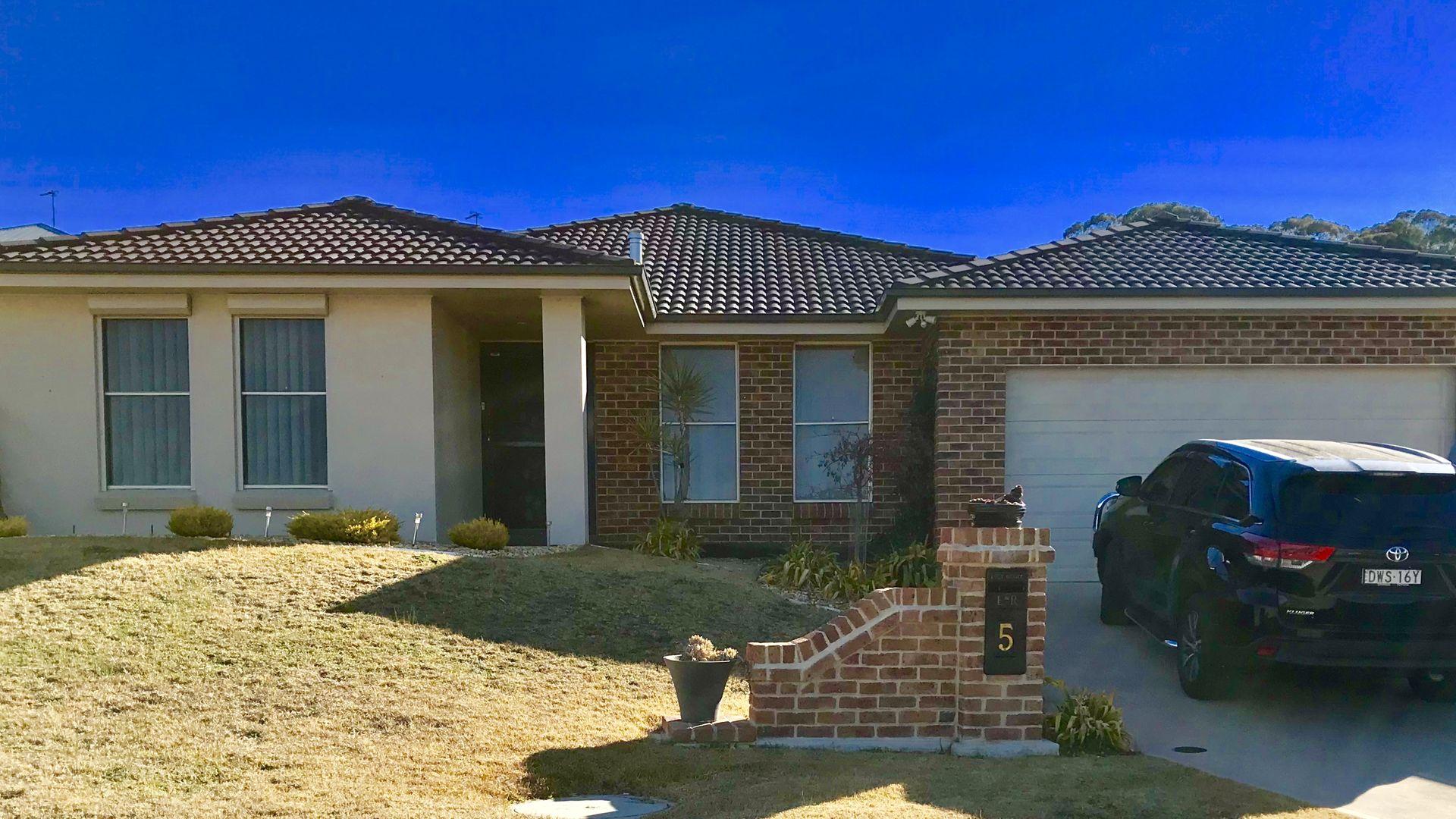 5 Downey Crescent, Orange NSW 2800, Image 2