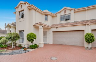 Picture of 15 Sunrise Cres, Templestowe Lower VIC 3107