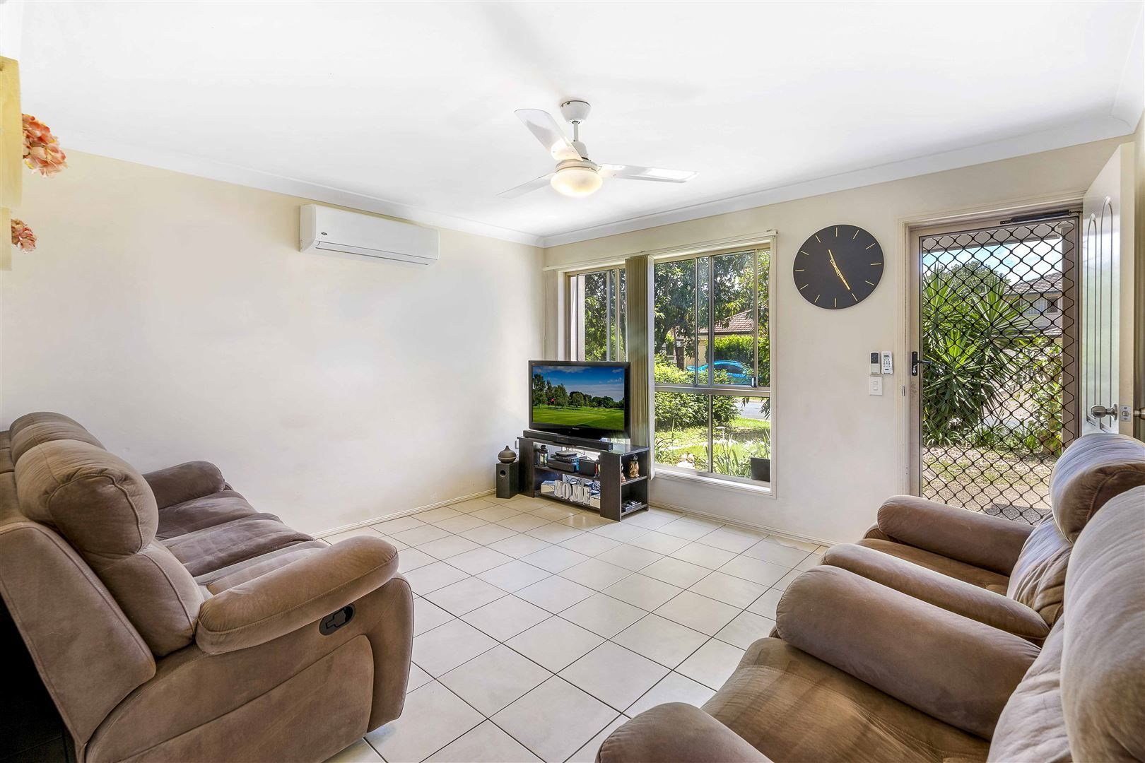 25 Serafina Drive, Helensvale QLD 4212, Image 1
