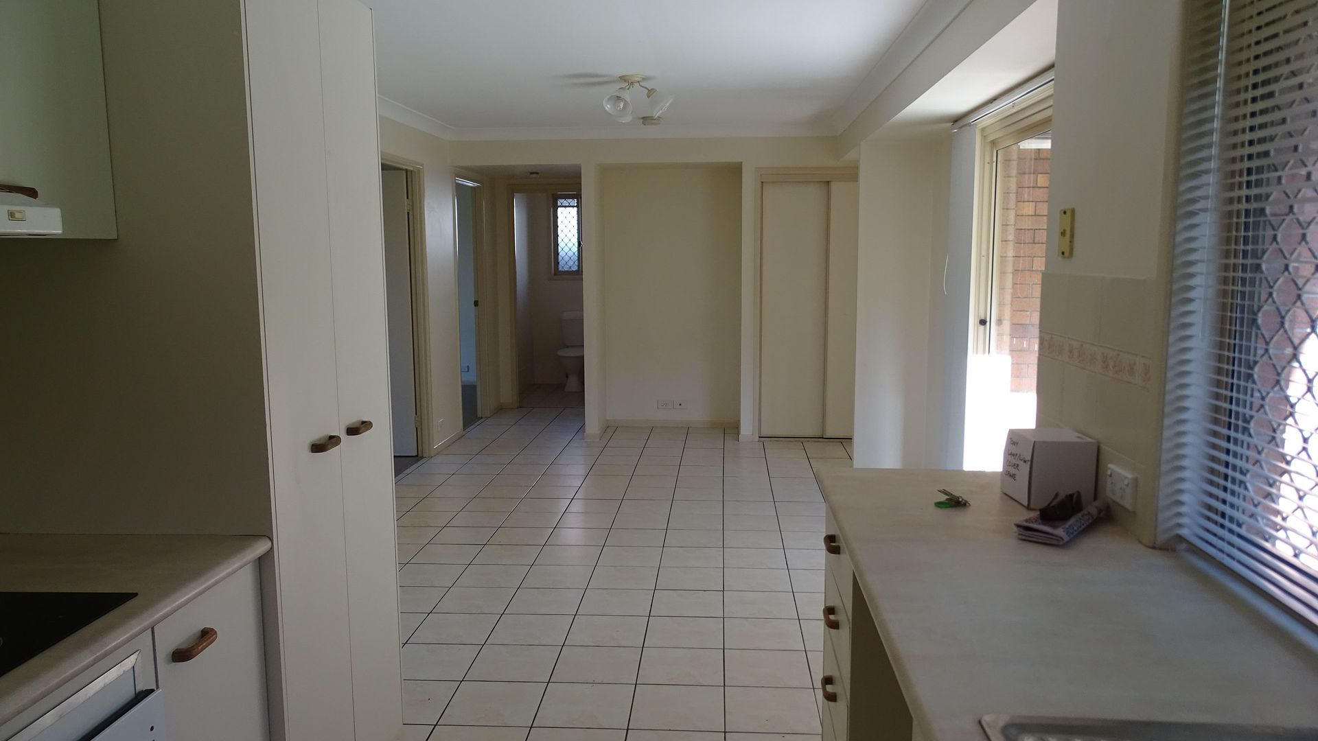 14 Mitchell Place, Belmont QLD 4153, Image 2