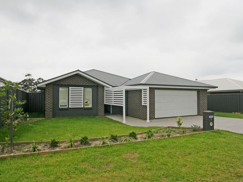 5 Chichester Road, Sussex Inlet NSW 2540, Image 0